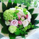 彼女へ贈り物の花束