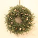 シルバーグリーンのクリスマスリース